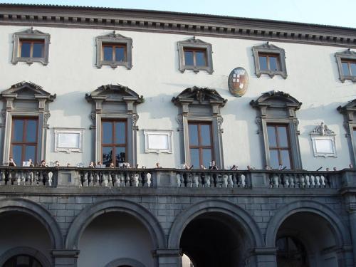 Comune Balcony
